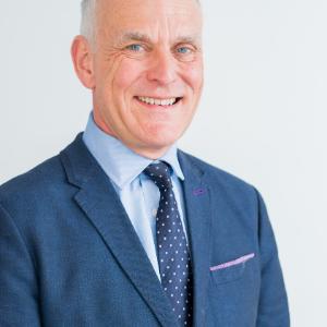 Mr Adrian Richards, Consultant Plastic Surgeon
